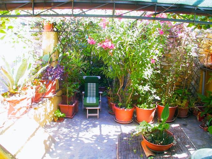The terrace in the Isolalunga villa