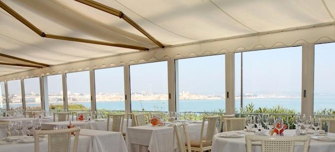 The superb Mediterranean view from Restaurant de Bacon