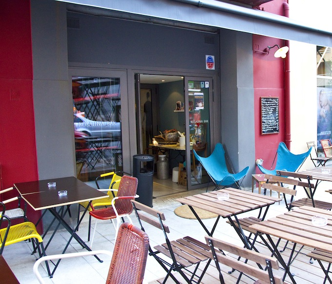 The external seating area of the Rosalina Bar in Nice