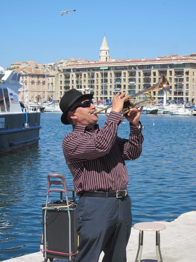 Trumpeter in Marseille