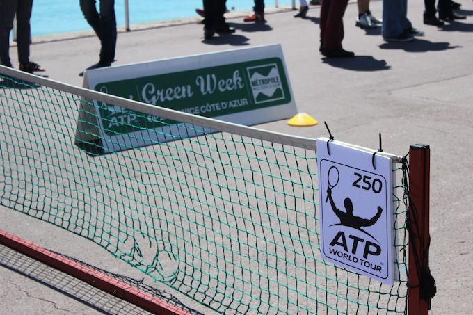 Mini tennis on the Promenade des Anglais
