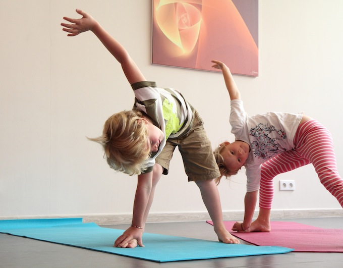 Yoga for children at the Sohum Yoga centre in Antibes