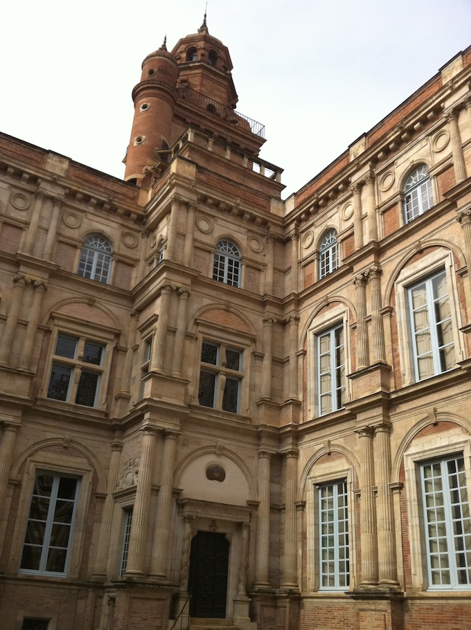 Place d'Assezat in Toulouse