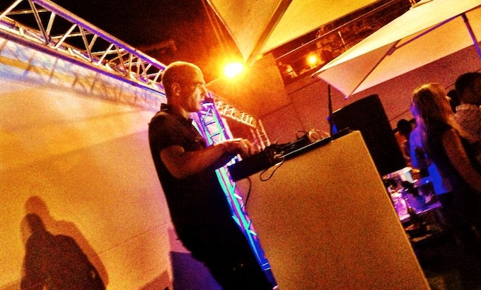 Headnoise Management provide DJs for your event