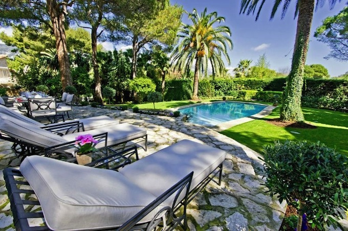 Superb villa in Cap Ferrat on the French Riviera from Home Hunts