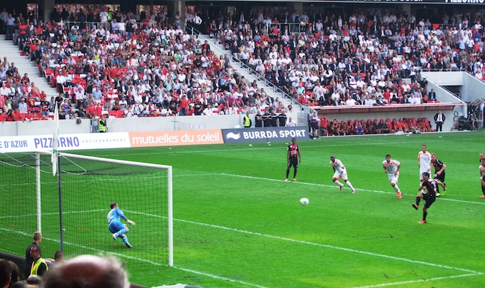 Nice score a penalty at the Allianz Riviera stade