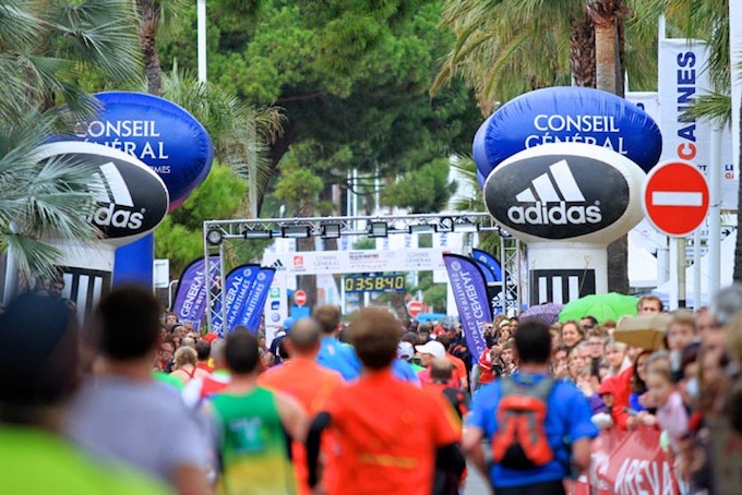 The finish line at the 2012 Nice-Cannes marathon