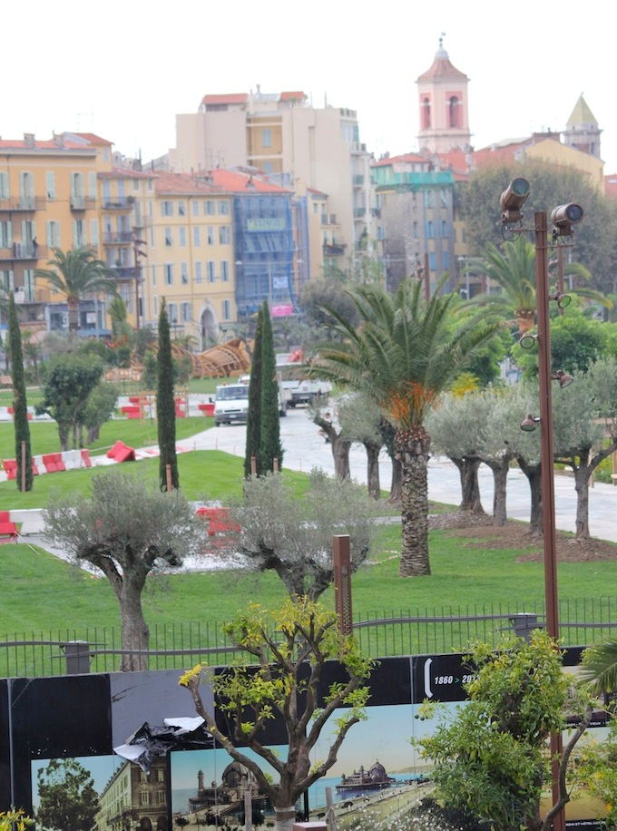 Promenade du Paillon in Nice opens October 2013