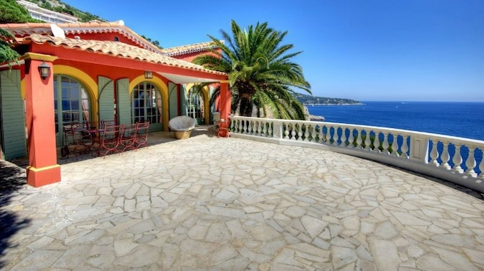 Cap de Nice vila by Home Hunts Luxury Property agents