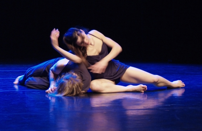Margarita Nagel performing contemporary dance piece
