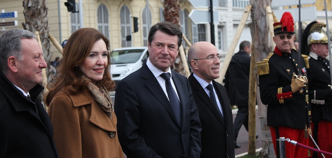 Dignitaries at inauguration of Statue of Liberty in Nice