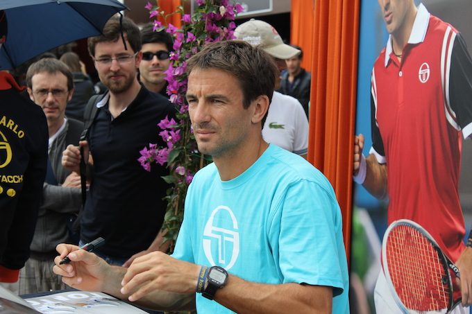 Tommy Robredo signs autographs Monte-Carlo Rolex Masters 2014