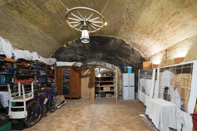 Cellar in Torria property