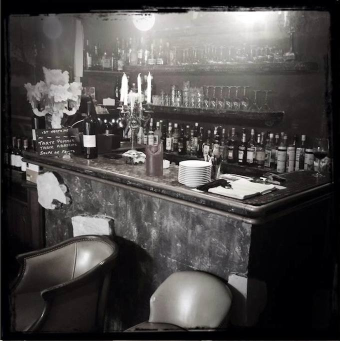 The bar area in Chez Moi in Nice