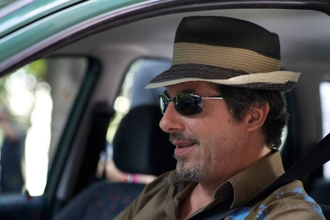 Marc Duret stars in L'Atente