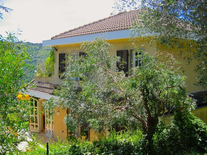 Villa near Apricale