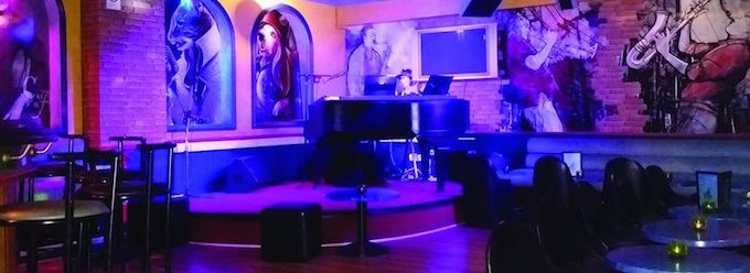 Interior of Kosma Piano Bar in Nice
