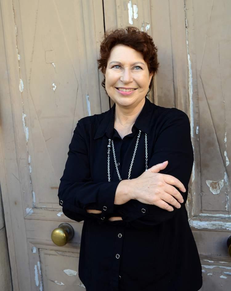 Author Margo Lestz