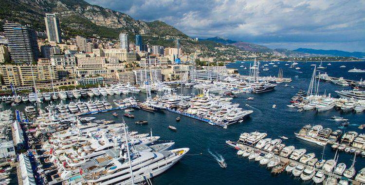 Monaco Yacht Show in Port Hercule