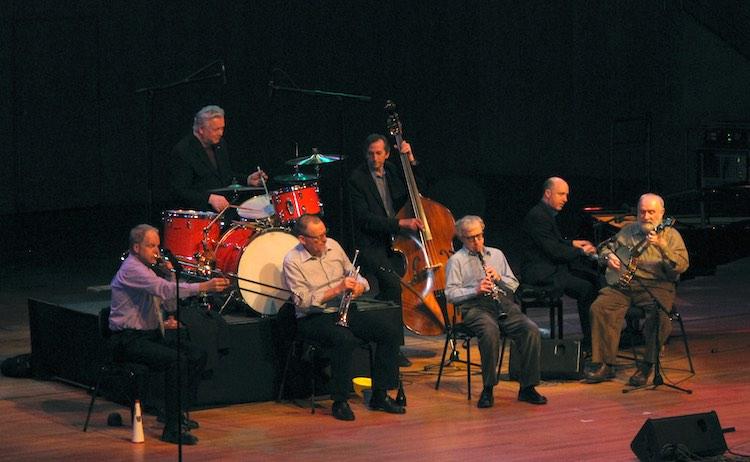 Woody Allen with the Eddy Davis New Orleans Jazz Band in München Gasteig Philharmonie