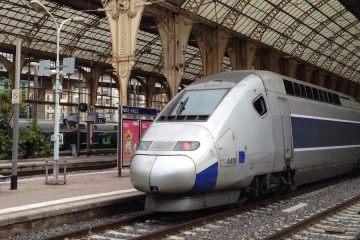 SNCF train at Nice station